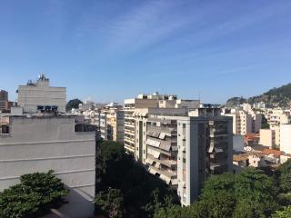 Rio de Janeiro: Reformado, 100 m²,  3 dorms, 1 vaga. 20