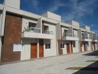 Itanhaém: Lindo sobrado em condomínio fechado em Itanhaém com excelente localização !!! 1
