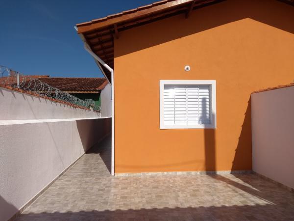 Itanhaém: Casa com piscina e churrasqueira em Itanhaém, LADO PRAIA, não perca essa oportunidade !!! 3