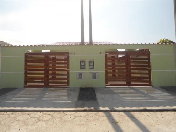 Itanhaém: Casa nova em Itanhaém pronta para morar !!! 1