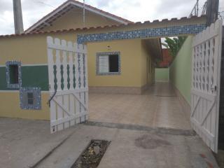 Itanhaém: Use o seu FGTS e saia do aluguel, sua hora de ter sua casa na praia chegou, venha conferir nossas opções de casas novas !!! 2