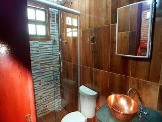 Itanhaém: Lindo sitio em Mongaguá, com amplo espaço, muito verde, ar puro e água boa !!! 11