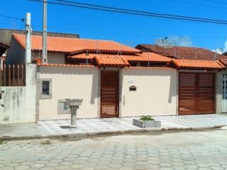 Itanhaém: Linda casa em Itanhaém, em lote inteiro, com piscina, churrasqueira e fogão a lenha !!! 1
