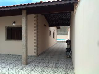 Itanhaém: Linda casa em Itanhaém, em lote inteiro, com piscina, churrasqueira e fogão a lenha !!! 16