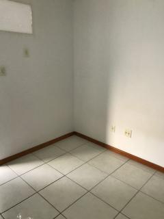 Vitória: Apartamento em Jardim Camburi ES, 3 quartos, suíte, 94m2, Sol da tarde, frente, armários embutidos, 2 vagas de garagem, andar alto, varanda, elevador, perto da praia 5