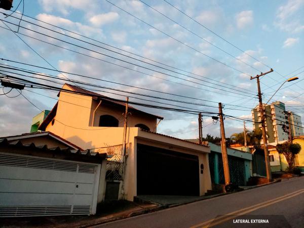 Santo André: Sobrado 3 Dormitórios 184 m² em Santo André - Jardim Bela Vista. 24