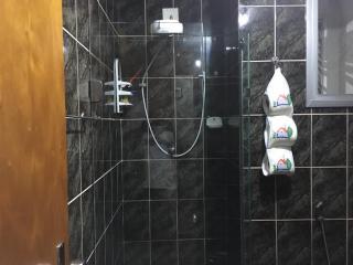 Vitória: Apartamento para venda em Praia do Canto ES, 3 quartos, suíte, 120m2, Sol da manhã, frente, dependência de empregada, armários embutidos, 2 vagas de garagem, elevador  21