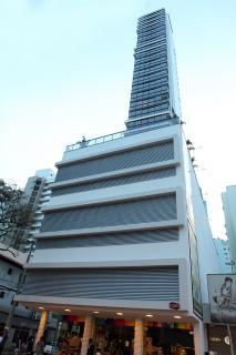 Balneário Camboriú: OPORTUNIDADE Apartamento Mobiliado com 3 vagas de garagem 1