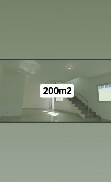 Vitória: Casa para venda em Jardim Camburi ES, 4 quartos, 2 suítes, 180m2, Sol da manhã, frente, 2 vagas de garagem 2