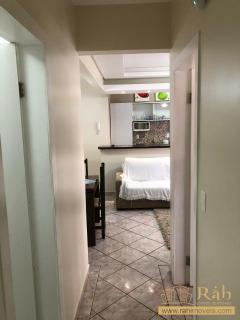 Balneário Camboriú: Apartamento para venda com  2 quartos no centro de BC! 4