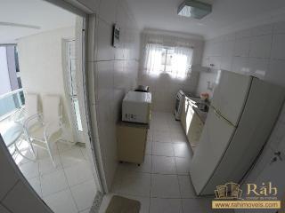 Balneário Camboriú: Apartamento 1 suíte + 1 dormitório com 1 vaga privativa - Ampla sacada com churrasqueira. 5