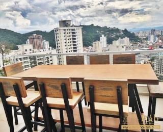 Balneário Camboriú: Apartamento 2 suítes cozinha, ampla sala de estar e jantar e sacada com vista privilegiada. 10