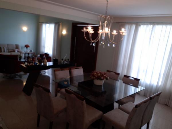 Vitória: Casa para venda em Mata da Praia ES, 3 quartos, suíte, 400m2, frente, piscina, churrasqueira 2