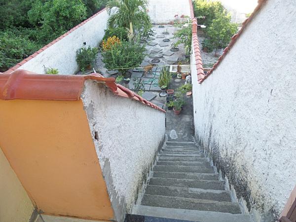 Maricá: Bairro Cordeirinho-Maricá/RJ, Casa C/2 Qtos Sendo 1 Suíte, Porão C/Pé Direito De 2,80 m. 30