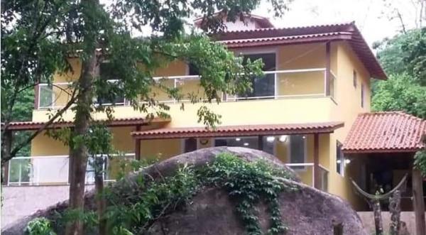 São Paulo: Bela propriedade particular em Paraty, com 168 m² de área útil e 1100 m² de área de terreno 2