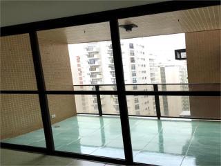 Santos: Apartamento  Pitangueira 6
