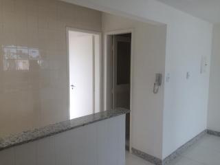 Vitória: Apartamento para venda em Barro Vermelho ES, 3 quartos, suíte, 98m2, andar alto, dependência de empregada, armários embutidos, 1 vaga de garagem, elevador, salão de festas  2
