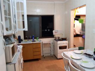 Santos: Apartamento Caicara 3