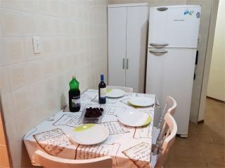 Santos: Apartamento Caicara 6