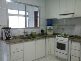 Santos: Apartamento Residencial Caiçara 12