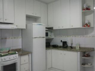 Santos: Apartamento Residencial Caiçara 16