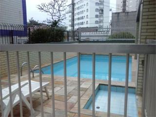 Santos: Apartamento Residencial Caiçara 4