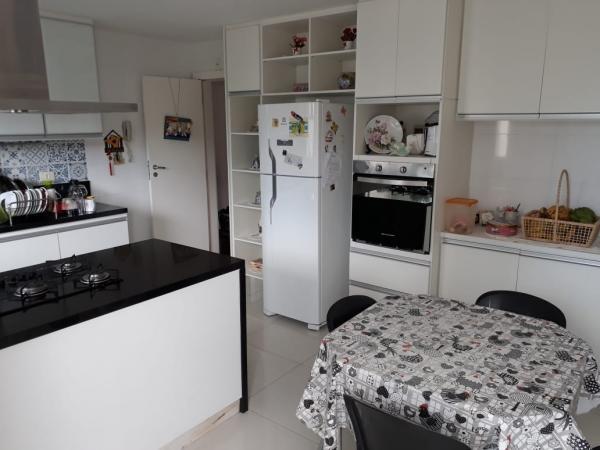 Vitória: Apartamento para venda em Bento Ferreira ES, 3 quartos, suíte, 99m2, Sol da manhã, armários embutidos, 1 vagas de garagem 4