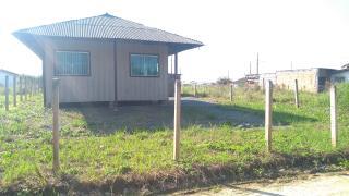 Barra Velha: Casa de madeira com 2 quartos 950 metros do mar, aceito carro como parte de pagamento 1