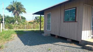Barra Velha: Casa de madeira com 2 quartos 950 metros do mar, aceito carro como parte de pagamento 2