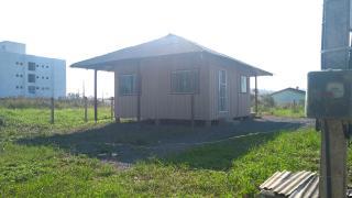 Barra Velha: Casa de madeira com 2 quartos 950 metros do mar, aceito carro como parte de pagamento 4