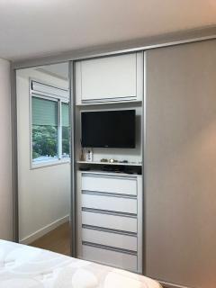Balneário Camboriú: Excelente apartamento no bairro pioneiros com 2 quartos sendo 1 suite 2