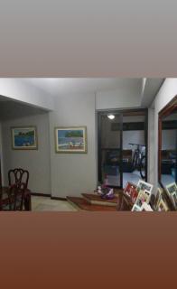 Vitória: Apartamento para venda em Praia do Canto ES, 3 quartos, suíte, 160m2, frente, varanda, dependência de empregada, armários embutidos, 1 vaga de garagem, elevador, piscina, salão de festas, próximo da p 3