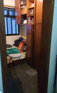 Vitória: Apartamento para venda em Praia do Canto ES, 3 quartos, suíte, 160m2, frente, varanda, dependência de empregada, armários embutidos, 1 vaga de garagem, elevador, piscina, salão de festas, próximo da p 8