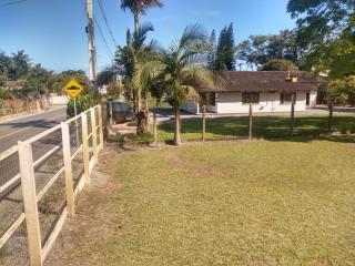 Barra Velha: Chácara com 2500m² com pomar, árvores frutíferas, área verde de pastagem com mais uma casa de 3 quartos 5