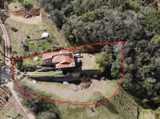 Sitio com 1.200 m² de terreno e casa de 110 m² em Cunha