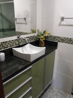 Vitória: Apartamento em Jardim Camburi ES, 3 quartos, 83m2, frente, armários embutidos, dependência de empregada, 1 vaga de garagem 10