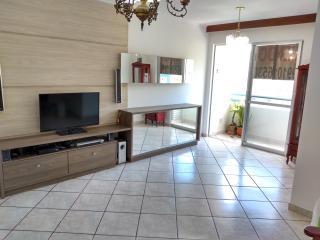Florianópolis: Apartamento em Florianópolis três dormitórios (1suíte) 1 vaga de garagem hobby box sol da manhã com vista 1