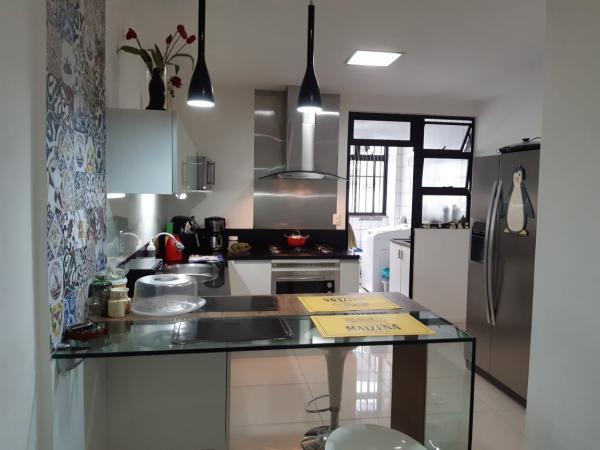Vitória: Apartamento para venda em Mata da Praia ES, 3 quartos, suíte, 130m2, armários embutidos, 2 vagas de garagem 3