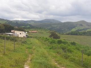 Baependi: Sitio para plantio ou criação de gado em Baependi-MG 13