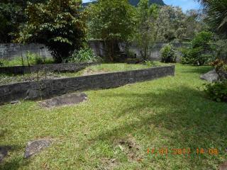 Guapimirim: Chácara com água corrente passando no Terreno 4