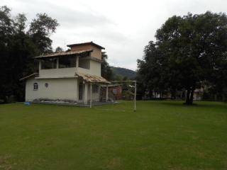 Guapimirim: EDICULA A VENDA NO CENTRO DE GUAPIMIRIM COM ÁREA DE TERRENO DE 960 M² TOTALMENTE PLANA. 2
