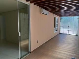 Camaçari: R$ 530.000 Casa Duplex 3/4 no Bosque de Itapuã, começo da rua da Ilha,atrá do Walmart 3