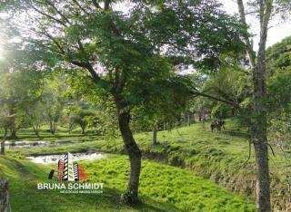 São Bento do Sul: Chácara com terreno de 28.743.45m² Bairro Alpino 4