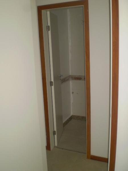 Vitória: Apartamento para venda em Jardim Camburi ES, 2 quartos, suíte, 69m2, frente, Sol da manhã, andar alto, varanda, armários embutidos, 1 vaga de garagem, elevador, piscina, salão de festas, próximo da pr 6