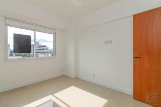 Porto Alegre: Apartamento 1 dormitório com box escriturado 3