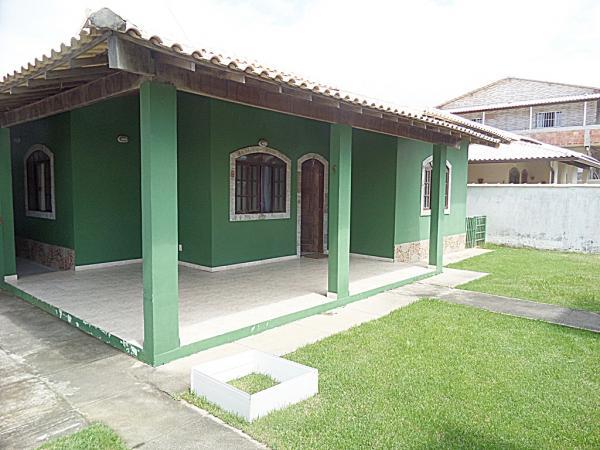 Maricá: Guaratiba-Maricá, Bairro De Praia, Imóvel De Esquina C/2 Qtos (Sendo 1 Suíte). 2