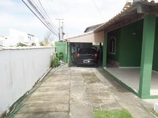 Maricá: Guaratiba-Maricá, Bairro De Praia, Imóvel De Esquina C/2 Qtos (Sendo 1 Suíte). 4