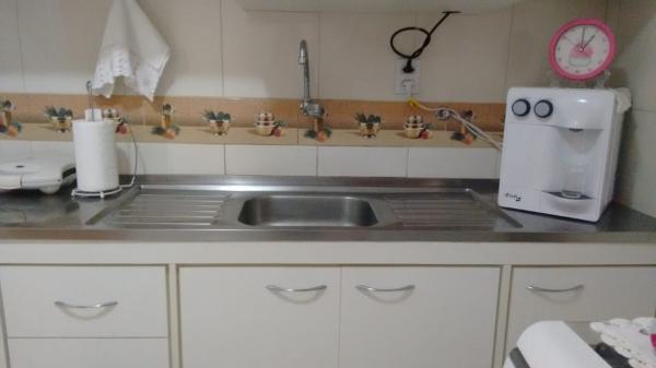 Vitória: Apartamento para venda em Praia do Canto ES, 3 quartos, suíte, 125m2, escada, terceiro andar, dependência de empregada, armários embutidos, 1 vaga de garagem 8