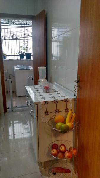 Vitória: Apartamento para venda em Praia do Canto ES, 3 quartos, suíte, 125m2, escada, terceiro andar, dependência de empregada, armários embutidos, 1 vaga de garagem 9