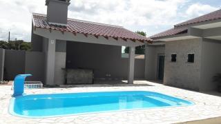 Curitiba: Casa no Balneário de Canoas com Piscina 3